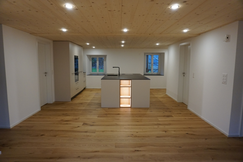 Kücheninsel mit Licht